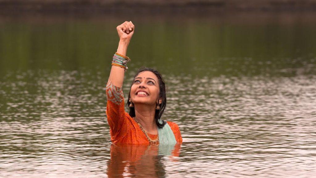 goth-star-pravah-serial-actress-photo