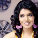 Mukta Barve Actress HD Photos