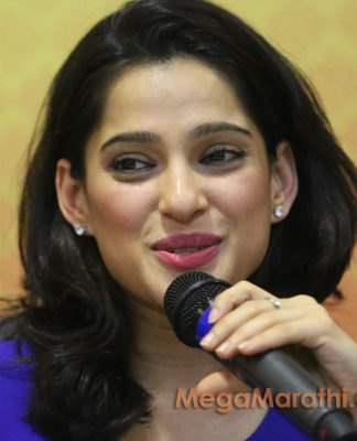 Priya Bapat Marathi Actress Biography Photos 2