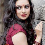 Shruti Marathe Hot In Tamil