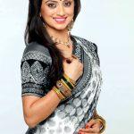 Shruti Marathe Marathi Actress Photos HD