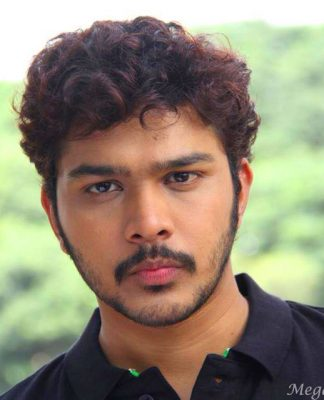 Suyash Tilak Actor HD Images